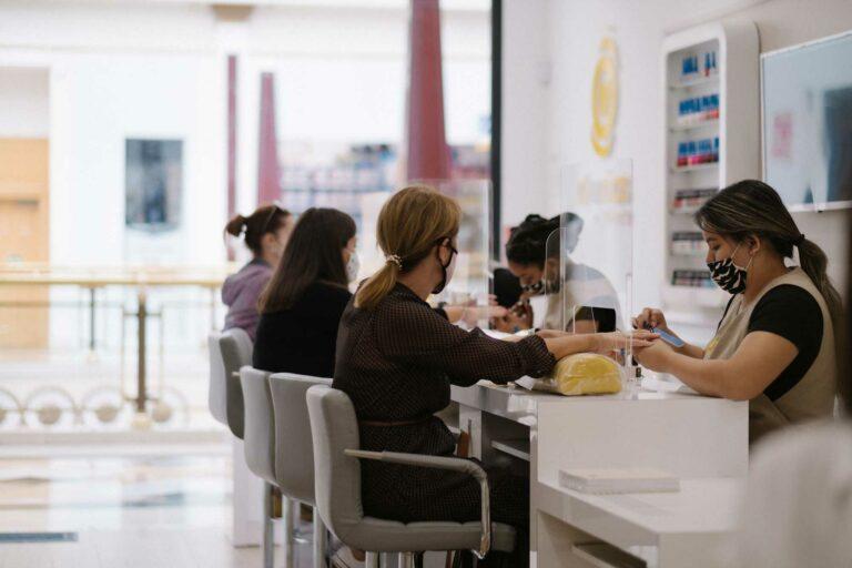 d-uñas nails & beauty La marca original de belleza de manos & pies-SALONES d-uñas